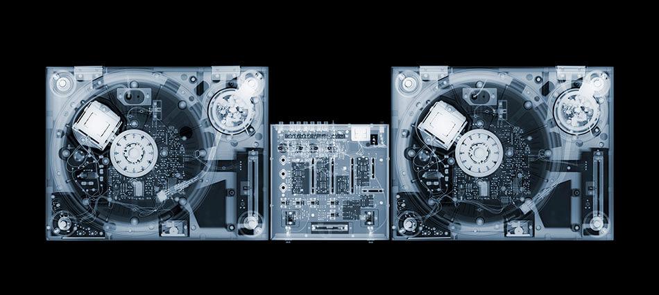 © Galerie Process – Œuvre radiologique de Nick Veasy