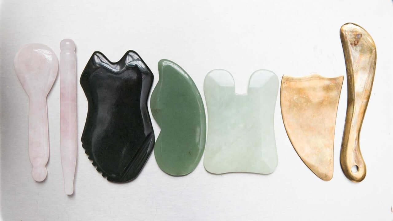 Outils Gua Sha en pierre et corne