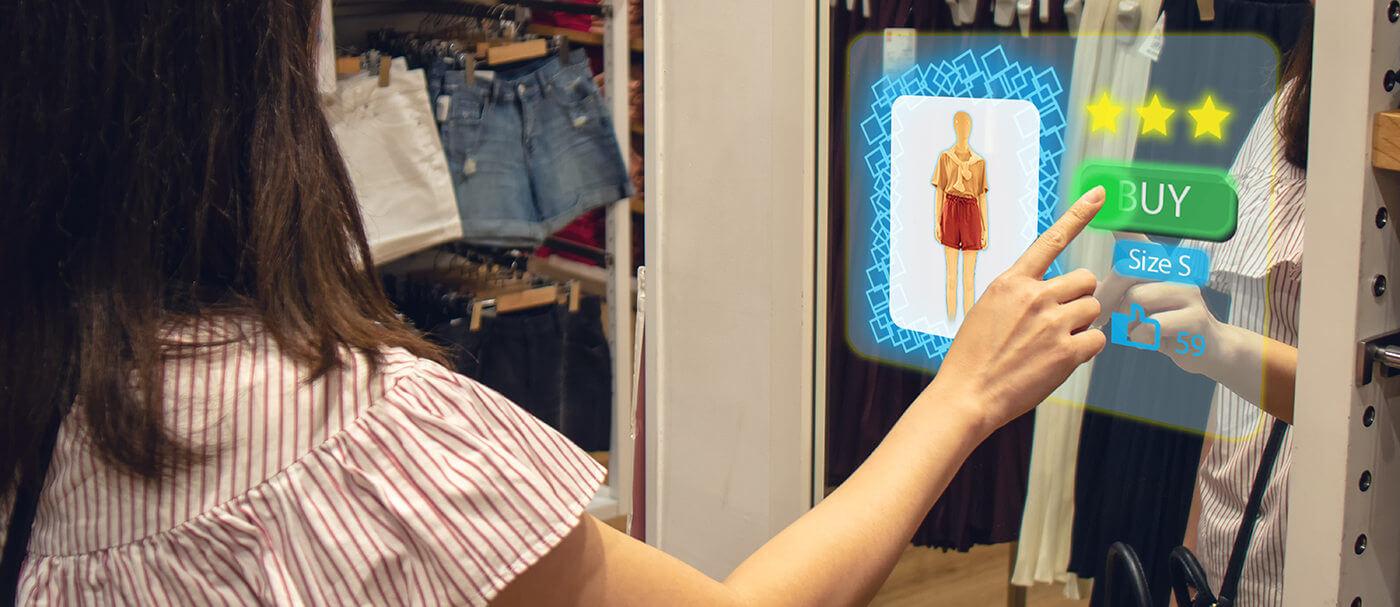 Le plan damplification digitale doit permettre à des marques et entreprises de mode française daccélérer leur transformation numérique Shutterstock