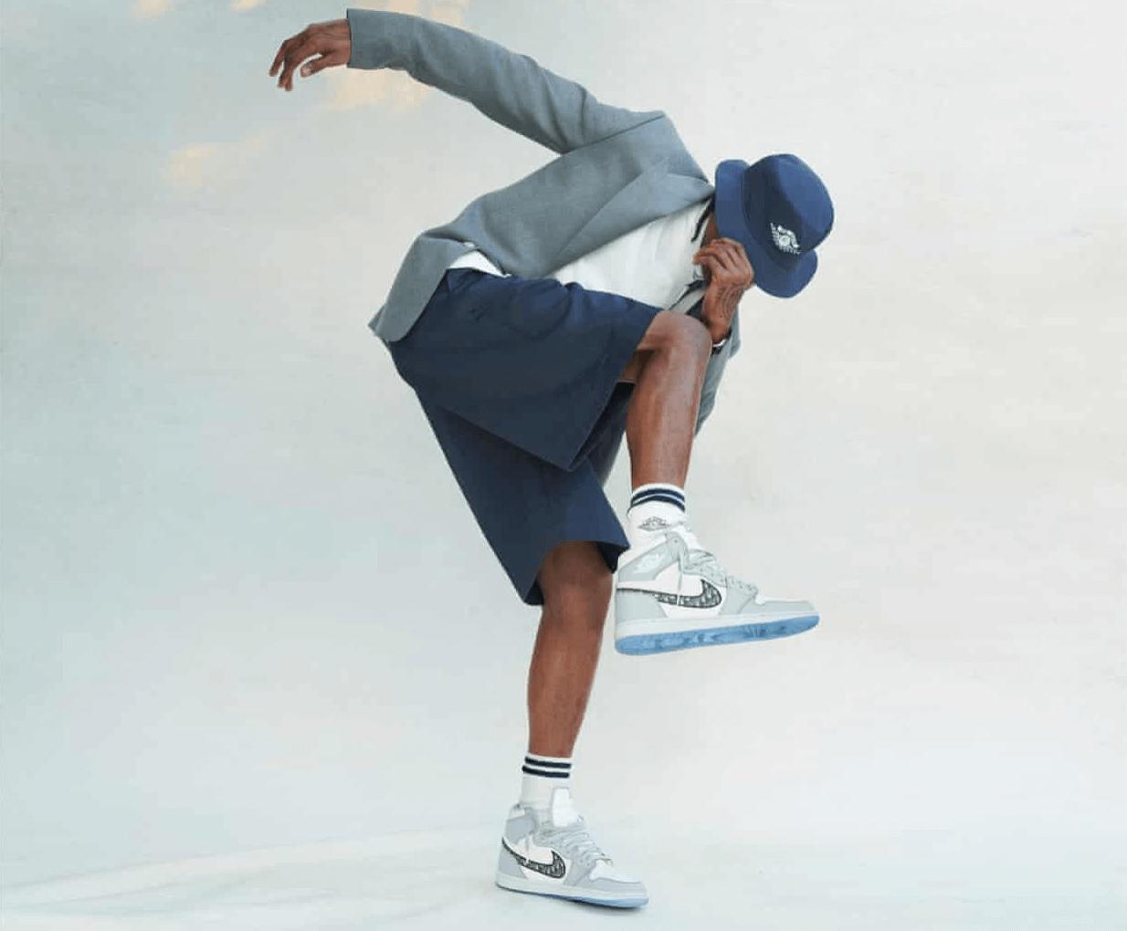 Travis Scott in Air Dior sneakers